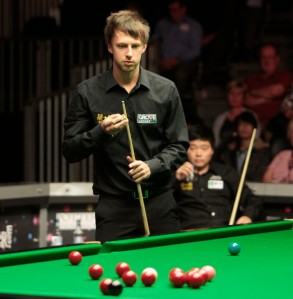 Judd Trump thrashed Mark Joyce 5-0 in the opening round of the Haikou World Open.