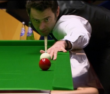 Ronnie O'Sullivan leads Stuart Bingham 7-1 after the first session of their quarter-final tie.