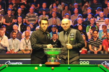 Ronnie O'Sullivan and Stuart Bingham. Picture by Monique Limbos.