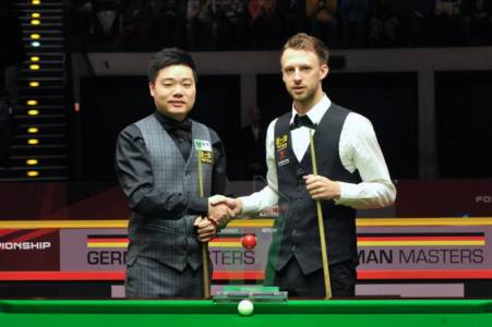 Ding Junhui and Judd Trump. Picture by Monique Limbos