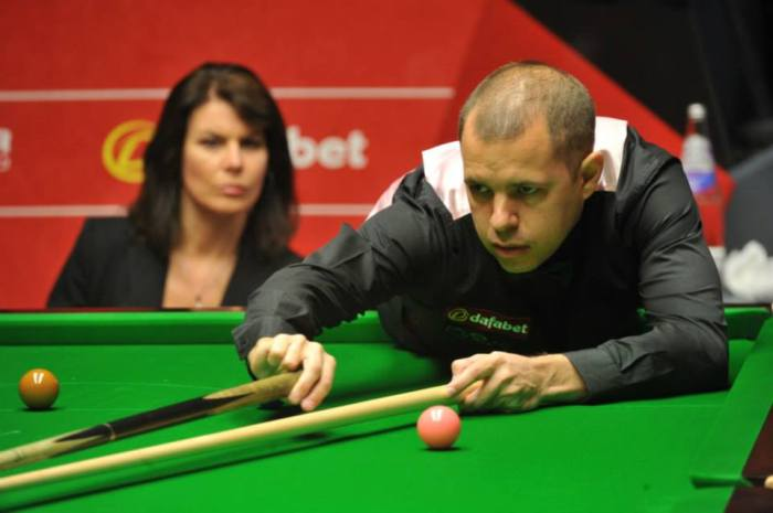 Barry Hawkins. Picture by Monique Limbos